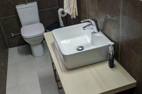 bathroom.up