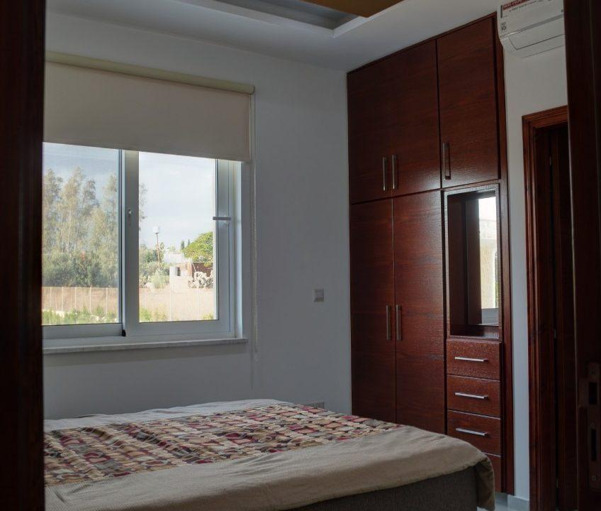 bedroom1c