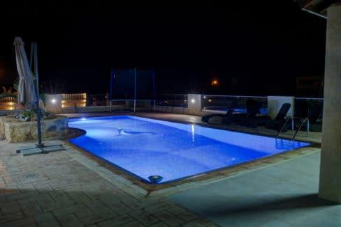 pool.night