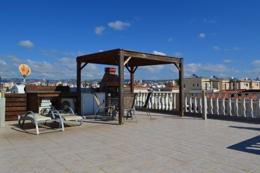 1 Bedroom Apartment with Big Roof Terrace in the Universal, Paphos